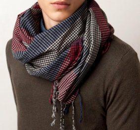Nouer un foulard homme, comment s'y prendre pour être chic